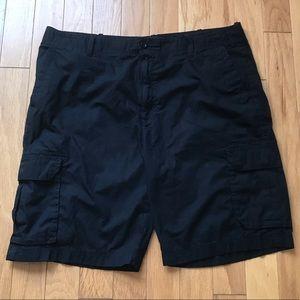 Apt 9 Mens Black Cargo Shorts size 42